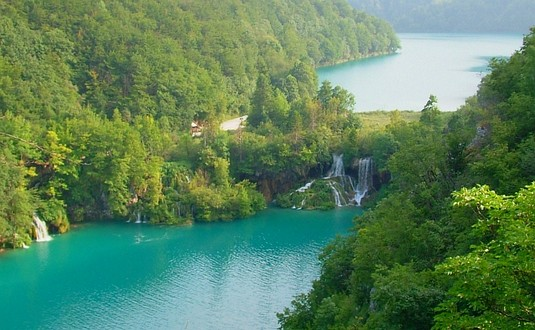 Plitvice lakes, National park, walking, hiking, waterfalls, caves, Croatia