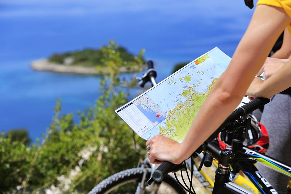 Cycling, cycle-friendly, cycling tour, bikes, exploring on bikes, discover on bikes, Croatia