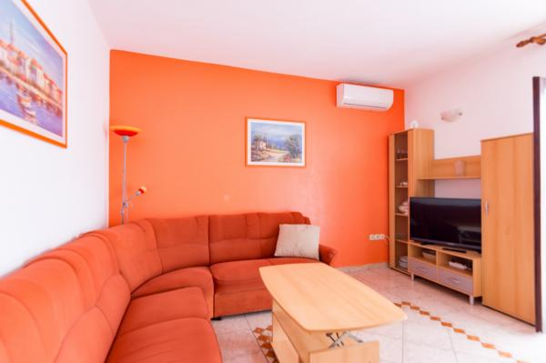 Holiday Apartment Plavia N°1